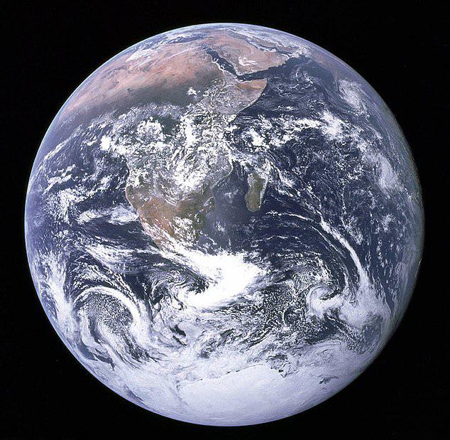12年内或诞生首名太空婴儿:产妇在距地2000公里飞船上分娩