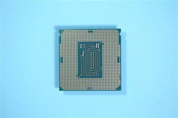 【簡訊】Intel:不放棄10nm桌面CPU;Redmi K30采用雙孔挖孔屏…