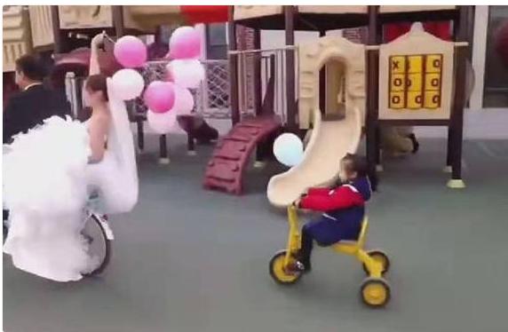 幼儿园老师结婚,送亲车队成最大亮点,笑翻网友:胜过一切豪车