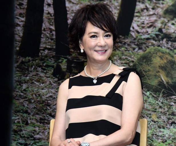 67歲苗可秀單身30年至今未婚 曾和李小龍拍戲傳出绯聞而紅極一時