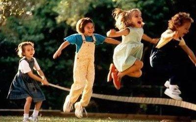 跳绳不仅能降糖,助发育,还能预防骨质疏松!