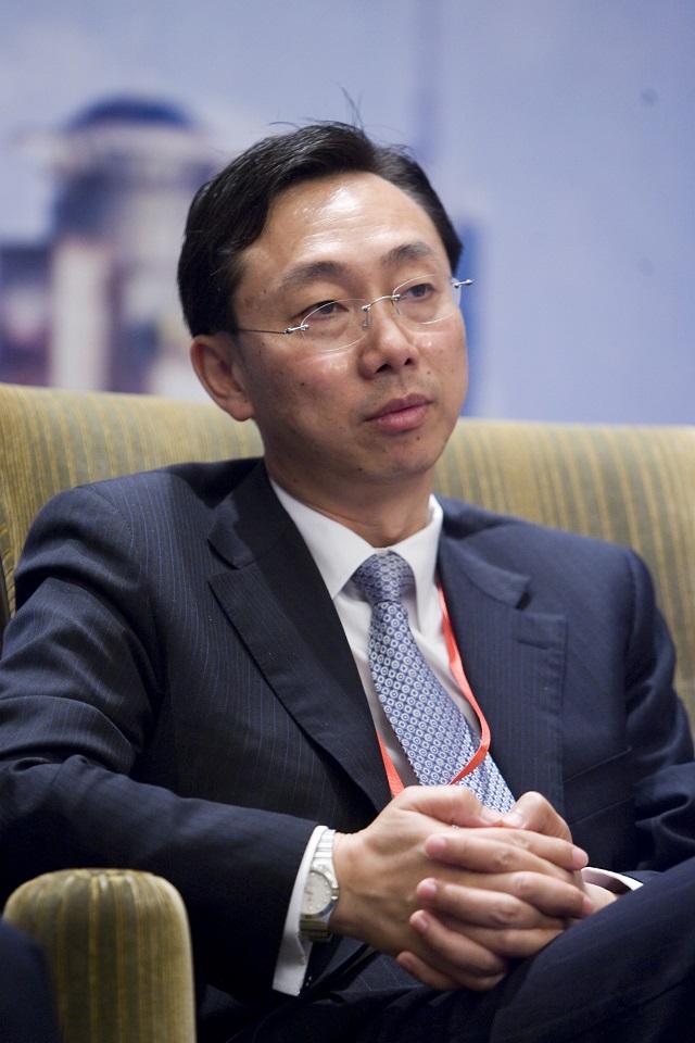 IMF副总裁张涛:建议成员国寻求广泛共识降低贸易紧张局势,以免加重对世界经济拖累_全球