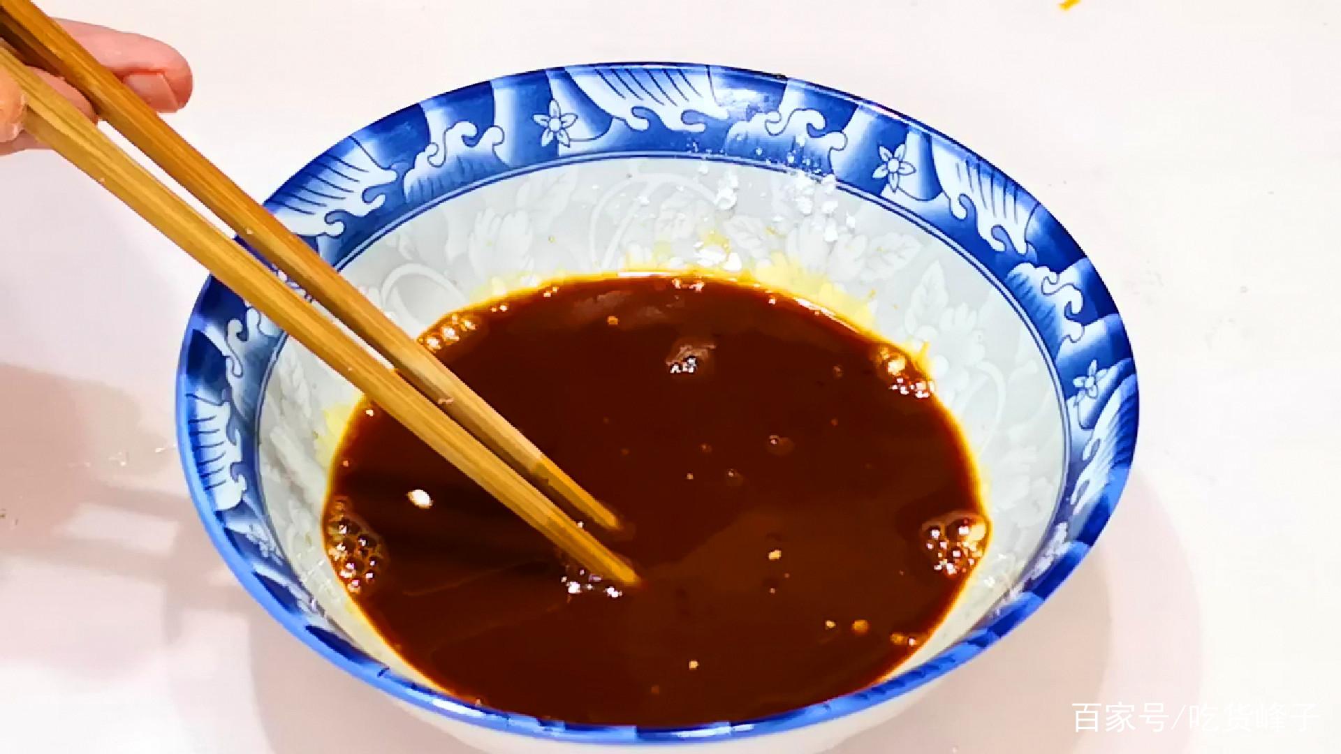 炒牛肉,可别下锅就炒,饭馆都是这样做,牛肉又香又嫩还不腥不柴
