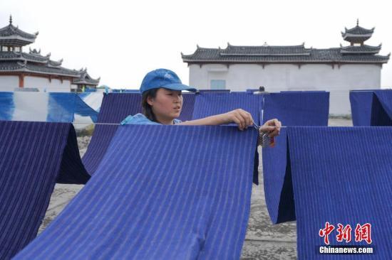 中国减贫70年:8亿多人口脱贫谱写人类反贫史上的辉煌篇章