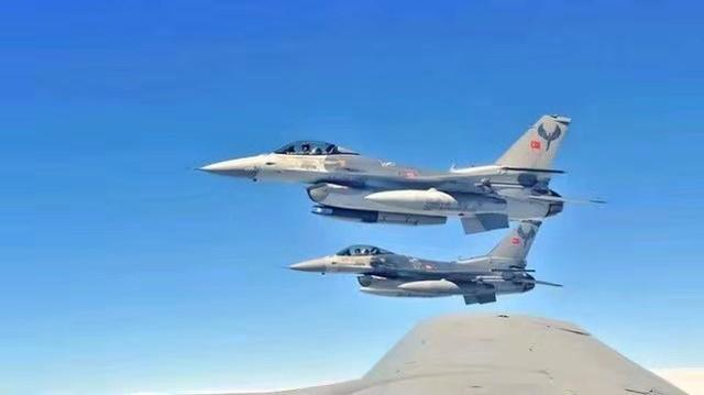 土耳其決心挽回顏面!派出F16欲轟炸庫爾德總部,俄蘇35緊急攔截_埃爾多安