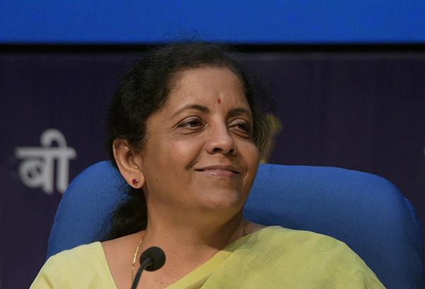 印度财政部长谈美制裁他国:重视与美关系,但需满足己方利益