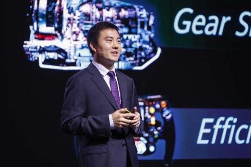 华为无线网络产品线总裁邓泰华发布最新5G全系列解决方案
