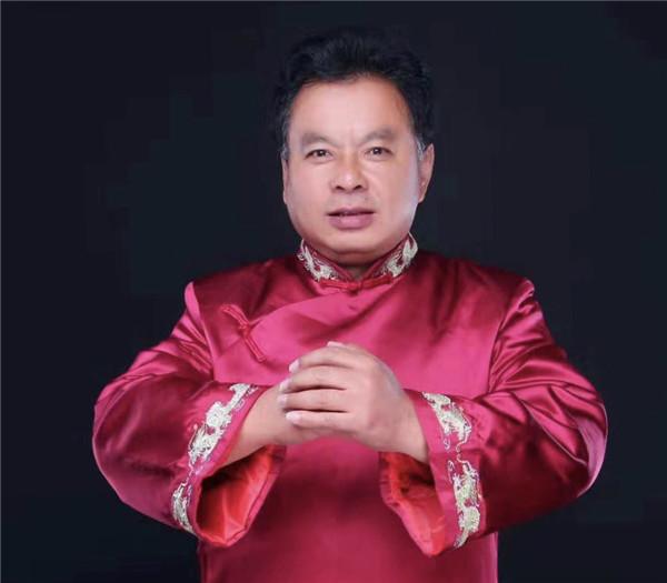 山東:傳統文化傳承再添新兵 傳統文化學者王福存新收三名高徒