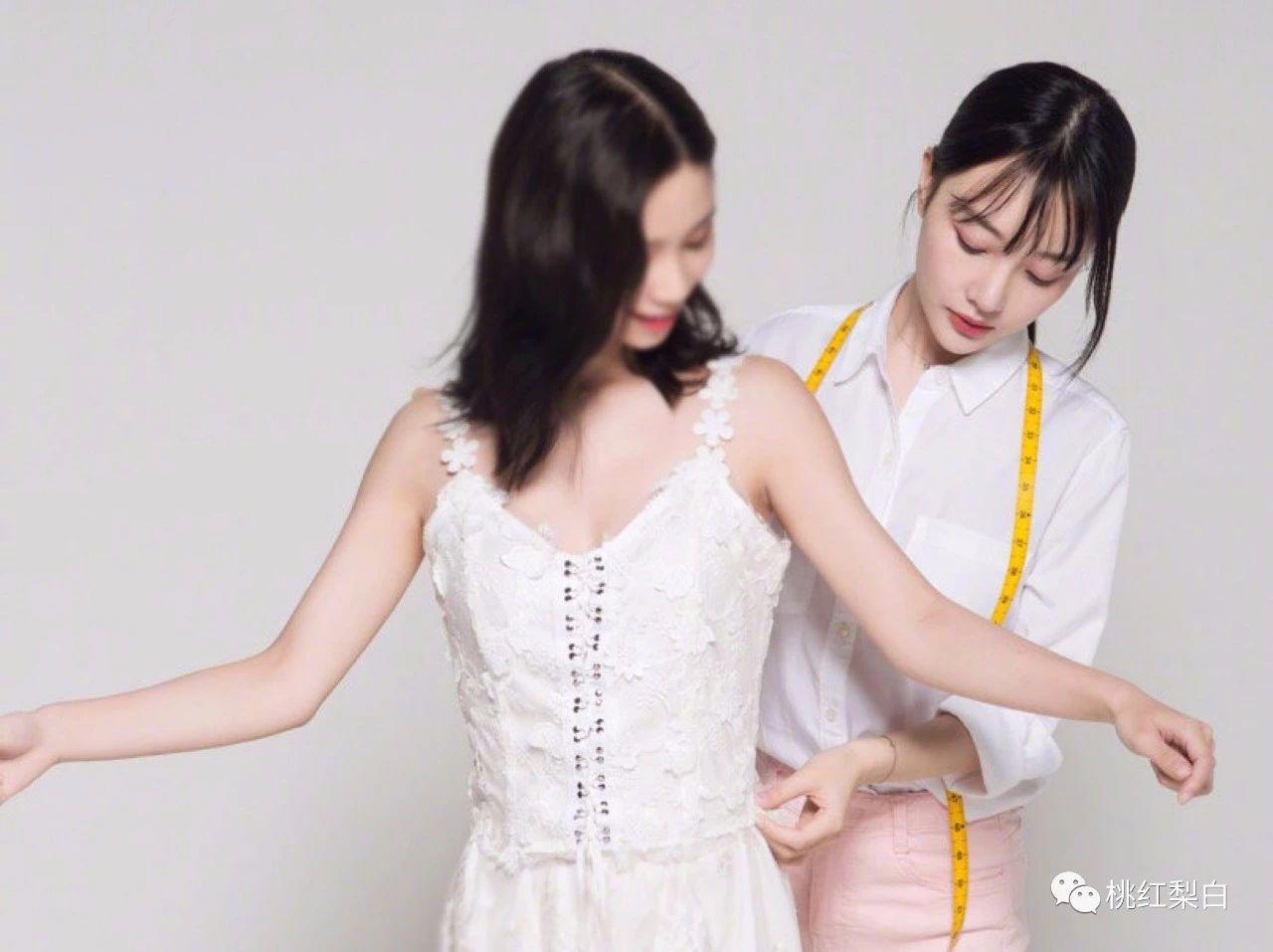 李小璐变身时尚达人复出捞金,想的也太美了!