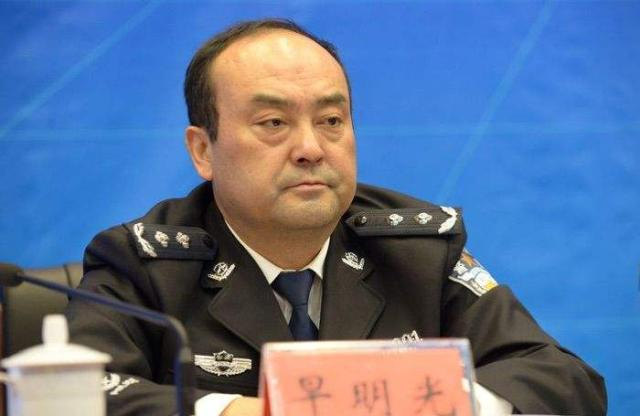 云南副厅级公安涉黑落马,随后多名前下属被查,包括一禁毒英雄