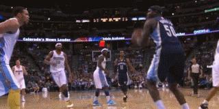 空中抓帽,晃倒,站着扣篮,死亡之扣,哪1种动作在NBA难度最高?