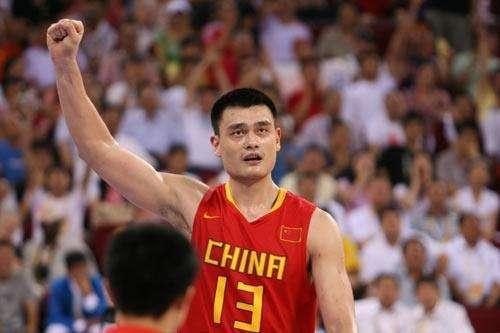 中国10大球星代表战:球迷只记得王仕鹏绝杀,却忘了砍36+10姚明