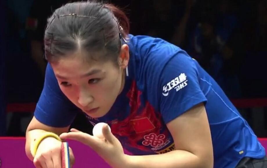 <b>女乒世界杯:朱雨玲刘诗雯横扫各自对手晋级四强</b>