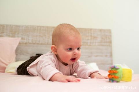 宝宝出现便秘,无需用开塞露,这几种方法让宝宝远离便秘