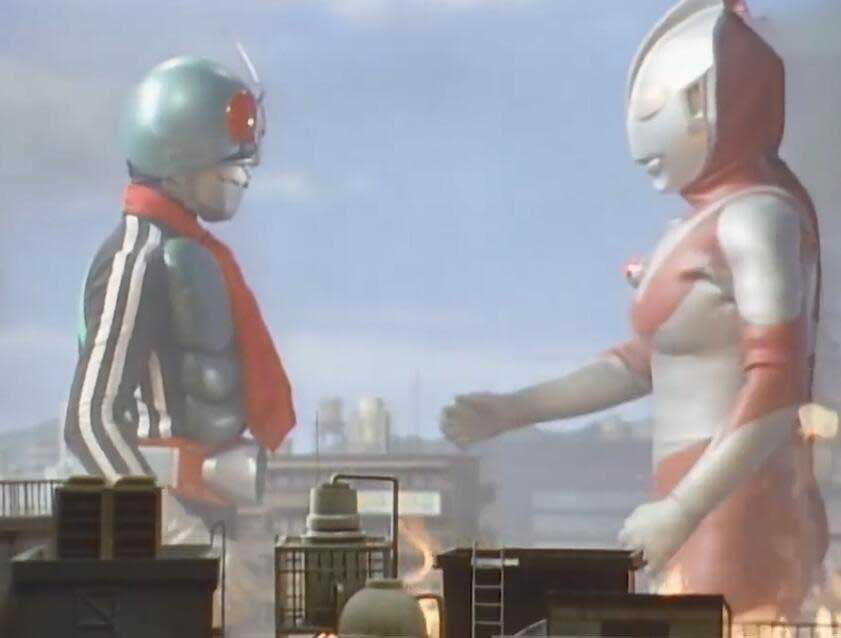 初代假面騎士和初代奧特曼并肩戰斗,怪獸徹底慌了