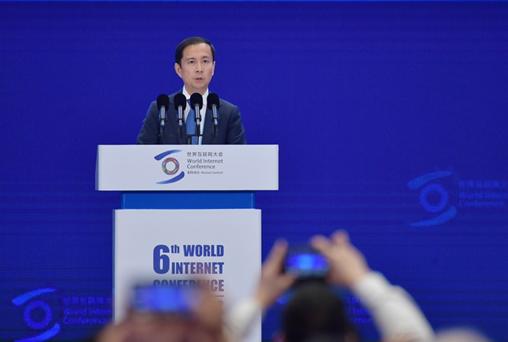 阿里张勇:与政府增进合作,让市民像逛淘宝一样办政务、民生服务