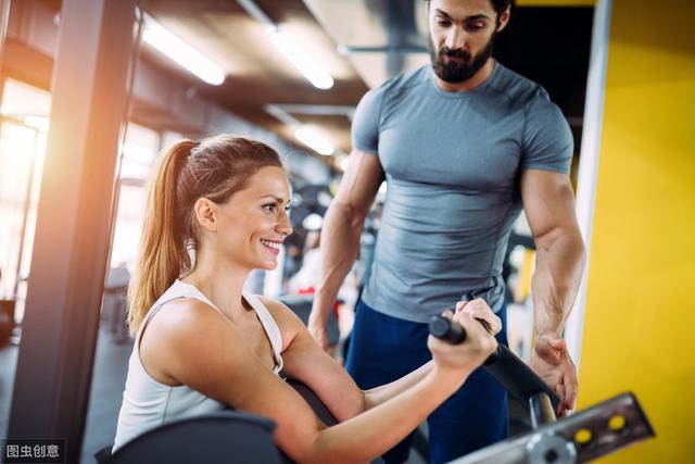如何在健身房分辨出新手和老手?这4个方面教你识别