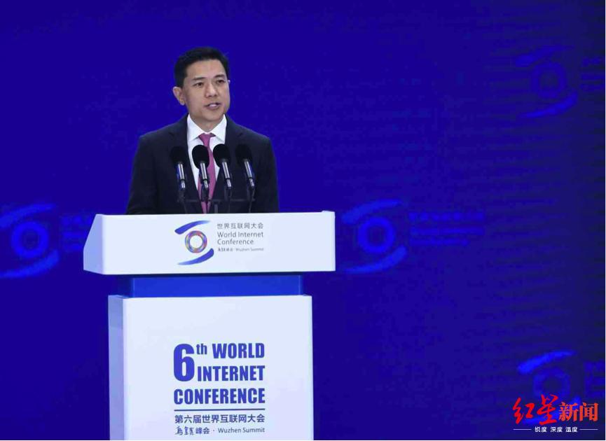 """李彦宏乌镇大会首提""""智能经济"""":将在三个层面带来重大变革"""