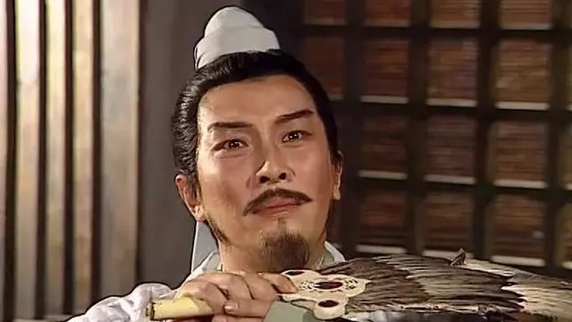 原创            荆州如此的重要,刘备先得荆州,为什么选择了益州作为大本营