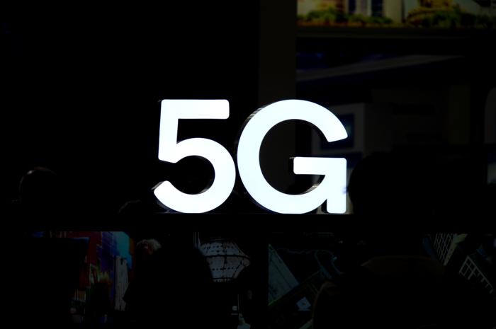 5G普及有望,OPPO双模真5G手机年底发布