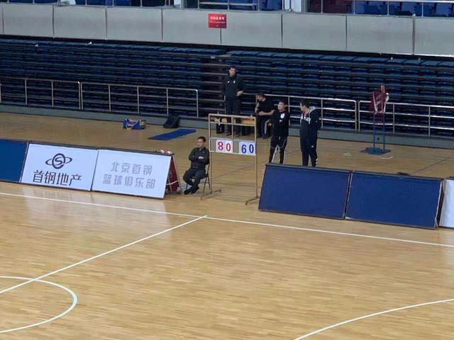 热身赛北京首钢20分胜江苏男篮