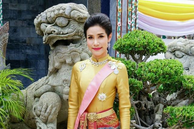 """王妃被扣""""不忠、争权""""罪名!泰国王室后宫究竟发生了什么"""