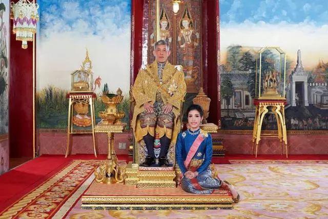 """泰国王妃""""不忠"""",被废所有头衔"""