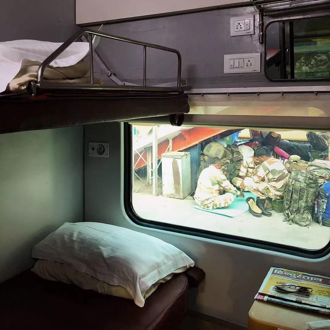 德里,火车,车厢,玛莎拉,空调,恒河,大哥,感觉,积极情绪,瓦拉纳西