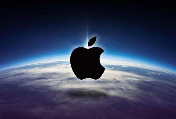 原创             廉价版iPhone上市 苹果与国产手机打价格战有多少胜算?