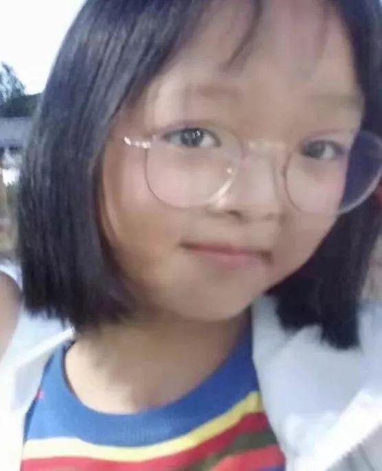 【寻人启事】见到这个小女孩请报警!_鹤庆县