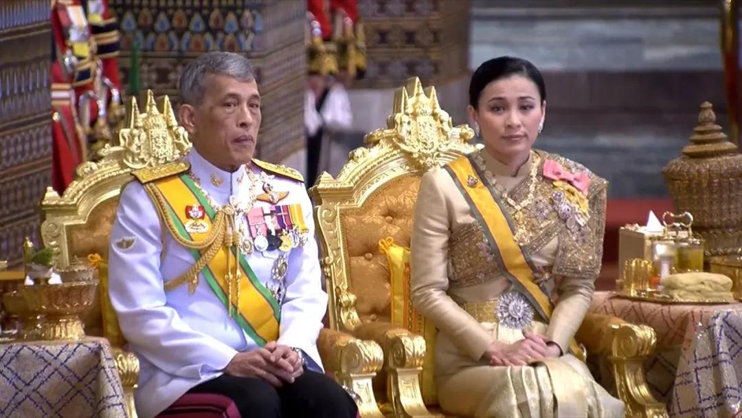 """对国王不忠,同王后叫板,这位34岁的泰国贵妃""""在劫难逃""""_拉隆"""