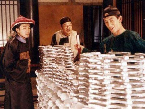 朱元璋规定:贪污60两银子以上斩首,明朝60两相当于现在多少钱?_贪官污吏
