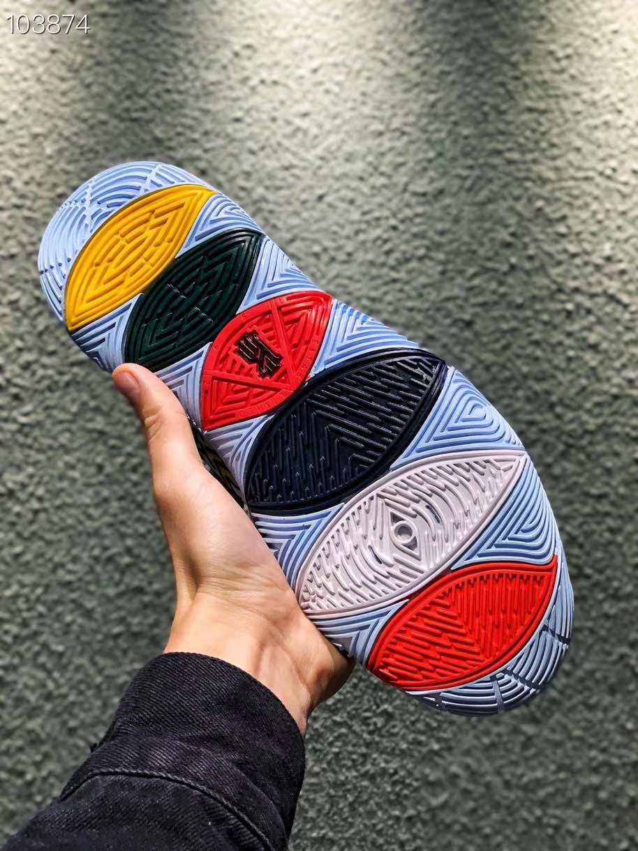 Nike Kyrie 5凯里欧文五代,实战篮球鞋,实拍邀您鉴赏