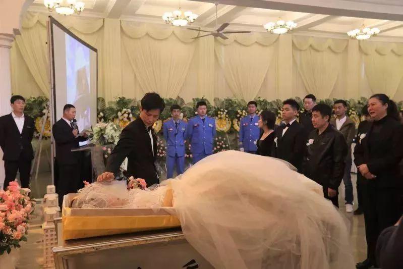 """""""老婆去世第7天,我还她一场婚礼"""":最怕爱你如生命,你却突然离开_于娟"""