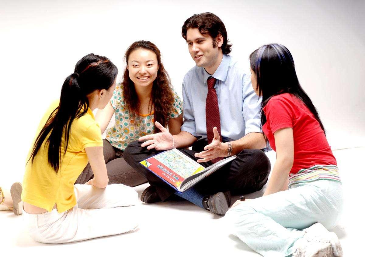 """<b>我国""""严重饱和""""的3个大学专业,毕业生太多,市场需求量有限!</b>"""