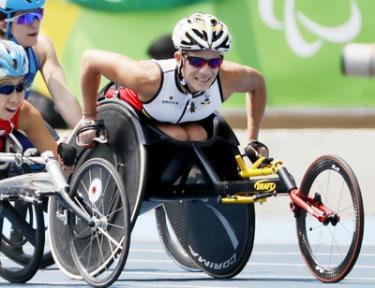 40岁残奥冠军饱受下肢瘫痪折磨?选择安乐死称:我不想再受苦了 作者: 来源:猫眼娱乐V