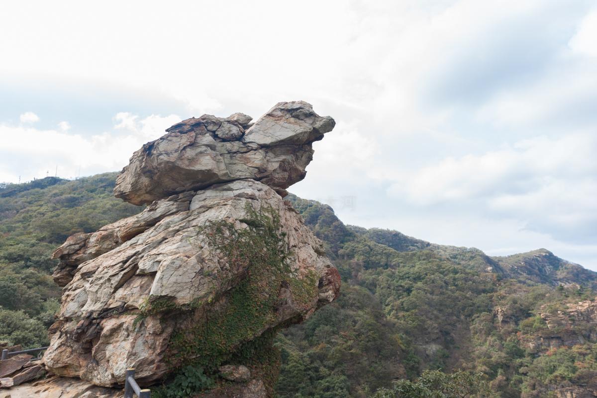 原创             只知道河南的云台山?江苏也有一座云台山,就在海边