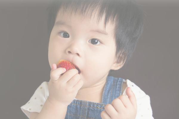 要孩子长大个,4个影响因素很重要,孩子常吃几类食物有助长高