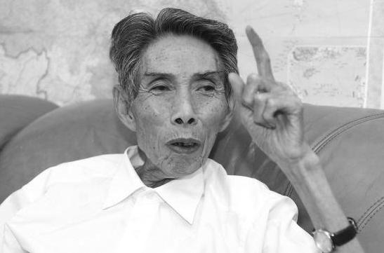 """""""改革先锋""""、义乌老书记谢高华去世"""