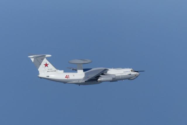 俄军大型空中编队突然南下,日韩两国如临大敌:大批战机紧急起飞