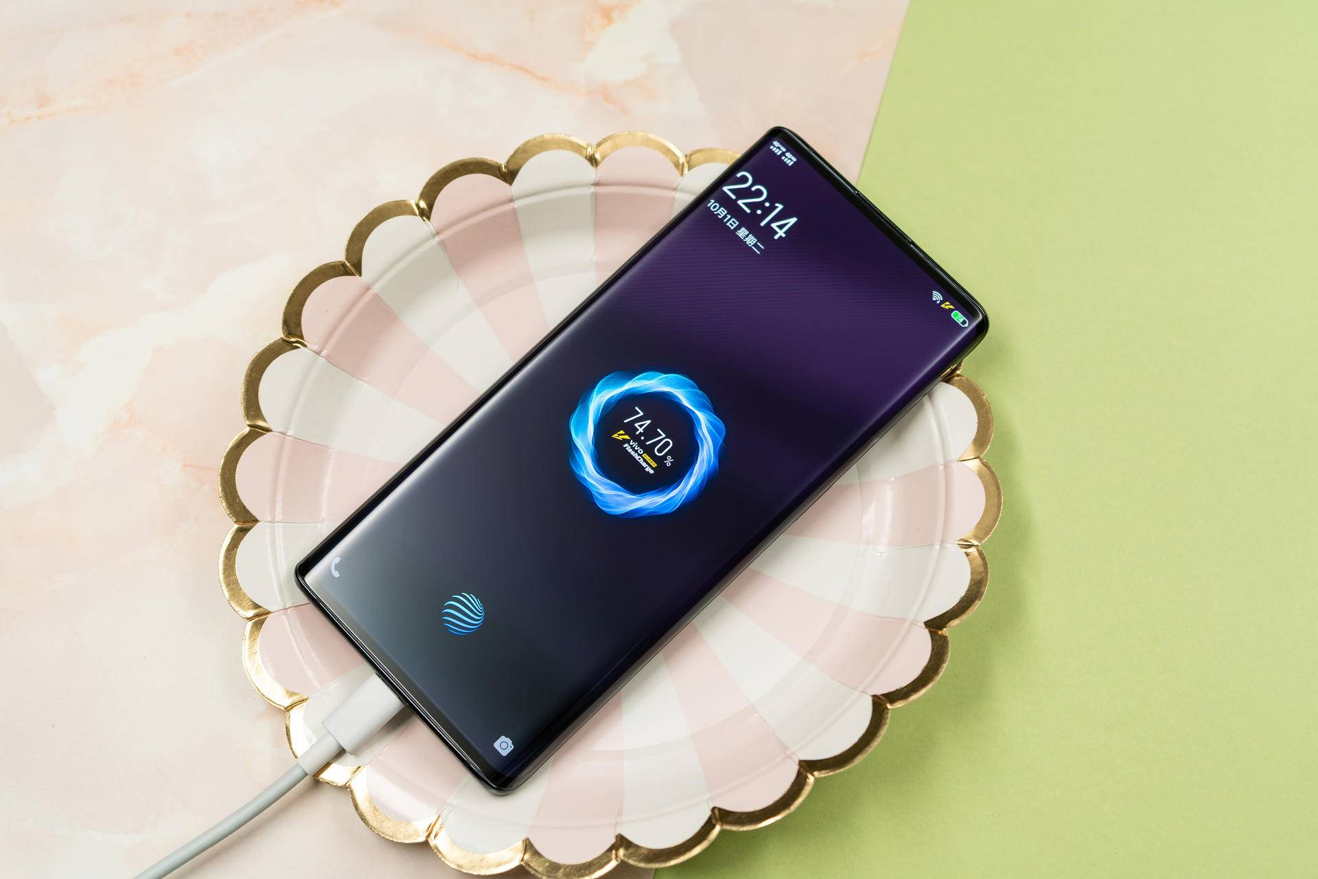 NEX 3 5G设计力压iPhone 11 Pro,外媒发评测长文为其点赞
