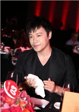 陈思诚曾被造谣为离婚转移财产,如今维权成功获赔8万元