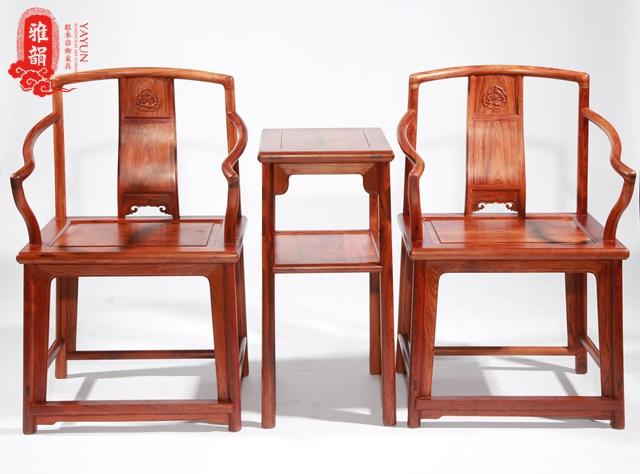 为什么红木家具用久了会变色?