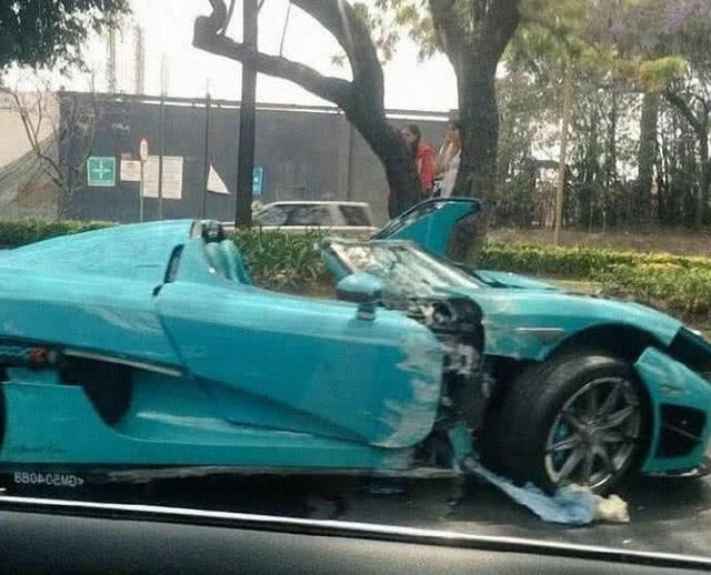 全球只有一家Koenigsegg CCXR被击中。网友:保险公司在哭