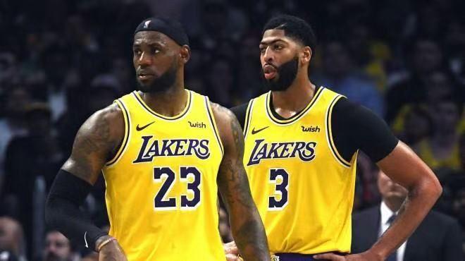 腾讯NBA决策失误,从2500万掉到90万只用了1天而已,抵制见效