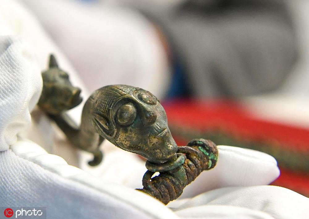 德国发现凯尔特人考古文物人脸部件雕刻精美工艺高超