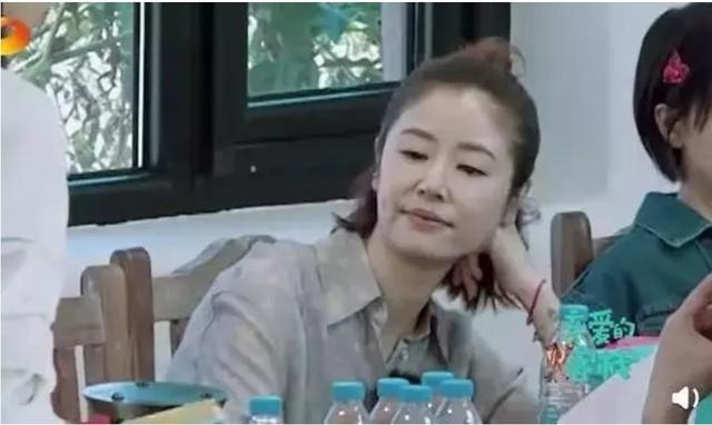 林心如录制《客栈3》,粗心遭批评后黑脸,曾哭着求琼瑶争取角色 作者: 来源:猫眼娱乐V