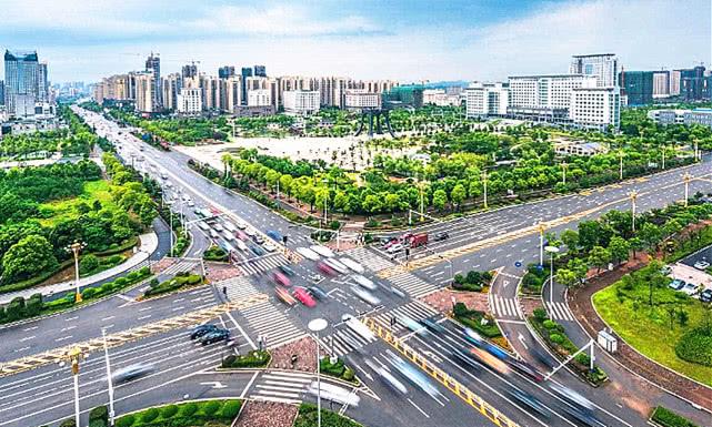 九江镇经济总量是多少_半是蜜糖半是伤