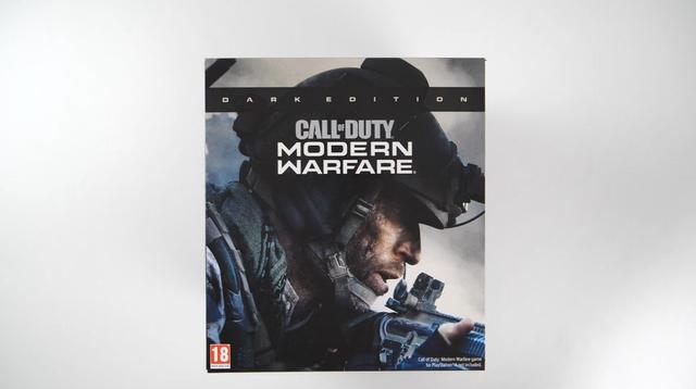 《使命召唤16:现代战争》暗黑版开箱:夜视仪又黑又大_视频