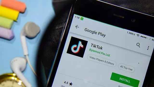 心灰意冷造句TikTok搬入硅谷,开始从Facebook等公司挖人